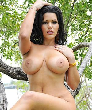 Angelina Castro, Une Voisine Très Cochonne
