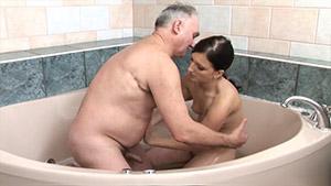 Vieux et jeune sexe