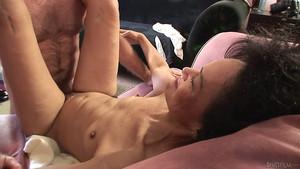 Mamie aime le sexe malgré le kilométrage au compteur