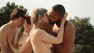 femmes se faire baiser avec de grosses queues noir chaud lesbo